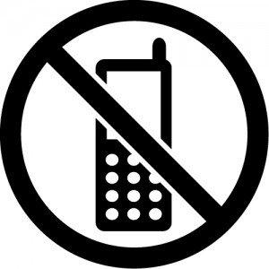 携帯電話の使用禁止マークのカッティングステッカー